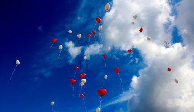 Uçan Balon Satmak